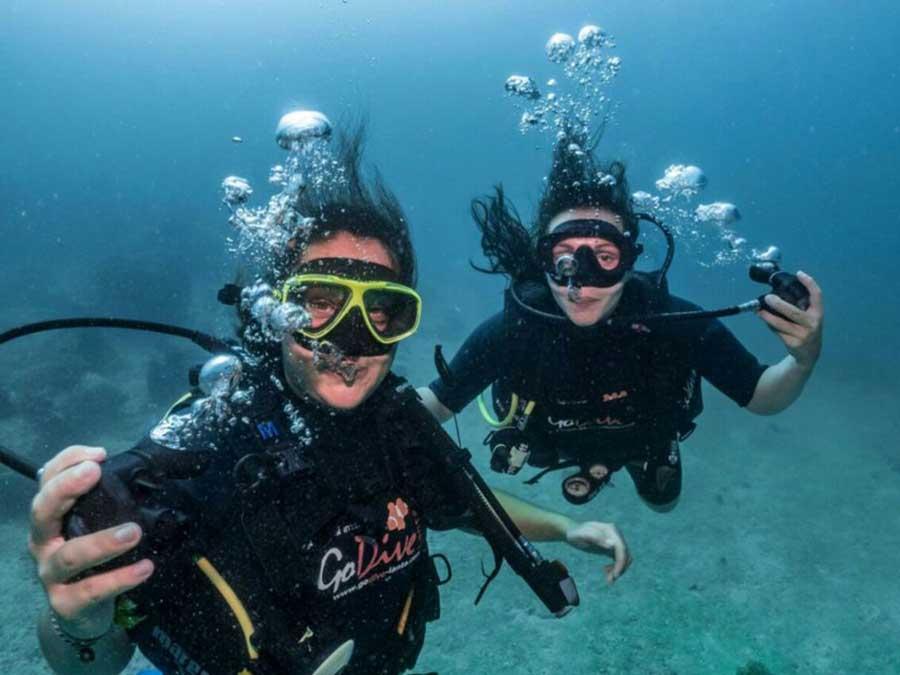 Scuba Divers in Tulamben Bali